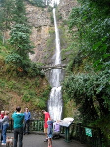 falls and people