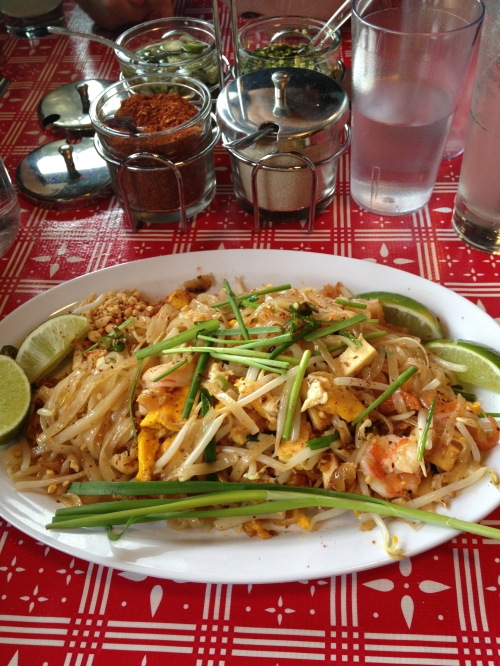 pad thai sen yai
